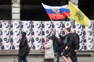 vucic russia protest president 2017