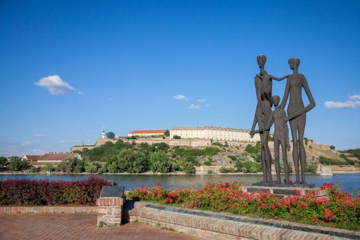 novi sad forteresse petrovaradin