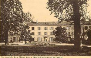 Sainte-Geneviève des Bois