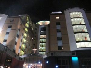 チェルシーFCの本拠地のホテルミレニアム&コプソーン ホテルズ アット チェルシー フットボール クラブ(Millennium & Copthorne Hotels at Chelsea Football Club)
