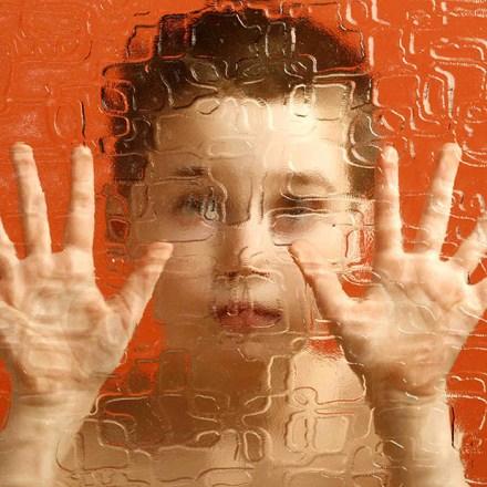 Az autizmus vizsgálata a hajszövet elemzés tükrében