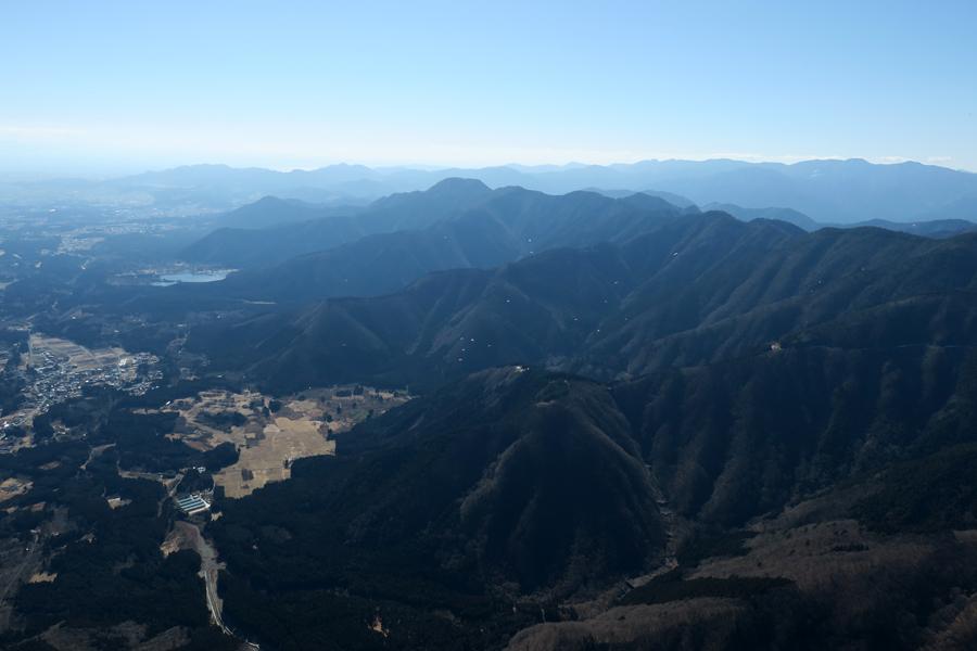 北側上空から見た前山