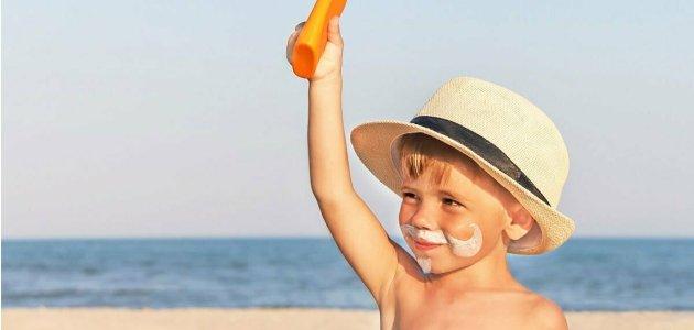 أفضل كريم لعلاج حروق الشمس من البحر