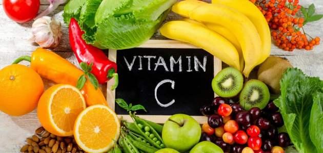 ما هي فوائد فيتامين سي للجسم والشعر والبشرة