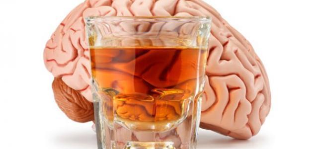 أضرار الخمر وأثاره على جسم الإنسان وهل يمكن تعافي الدماغ من أضرار الخمر