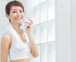汗臭い 原因 食べ物