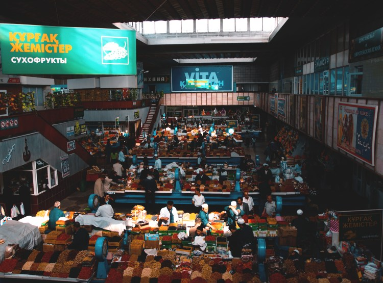 things to do in almaty,things to do in almaty green bazaar