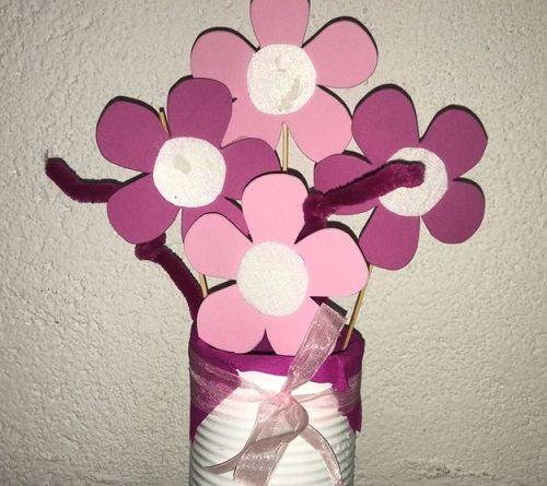 Taller infantil de flores rosas en Leroy Merlin