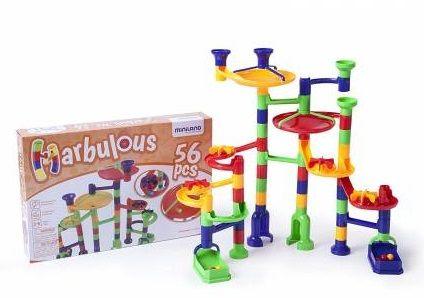Circuito de canicas para niños de 4 a 6 años