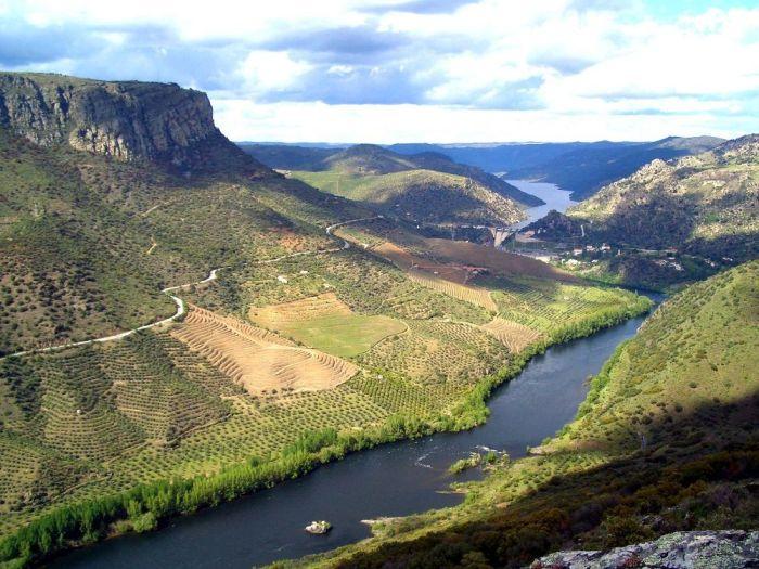 Las vistas desde el Mirador Peña La Vela en Las Arribes son increíbles