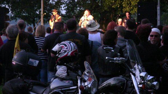 konok-kunok.motoros gyereknap-2014-halasinfo-160