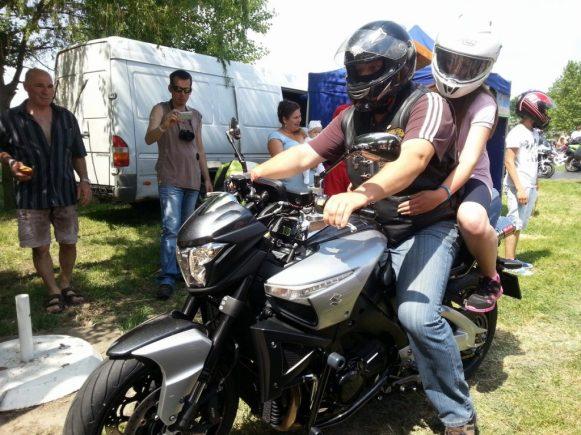 konok-kunok.motoros gyereknap-2014-halasinfo-44