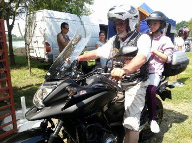 konok-kunok.motoros gyereknap-2014-halasinfo-46