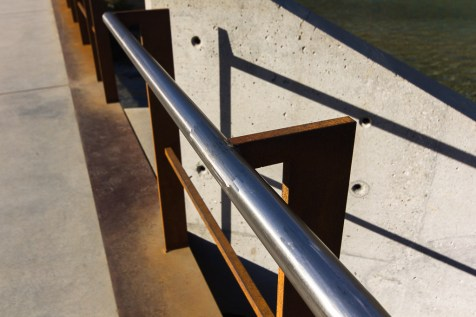Rozsda, króm, beton