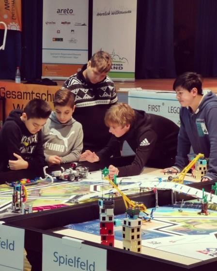 "LEGO-Roboter... naja... ""-Wettbewerb"". 62"