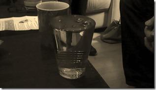 verliert das Wasser an Volumen, wenn die Kohlensäure verschwindet