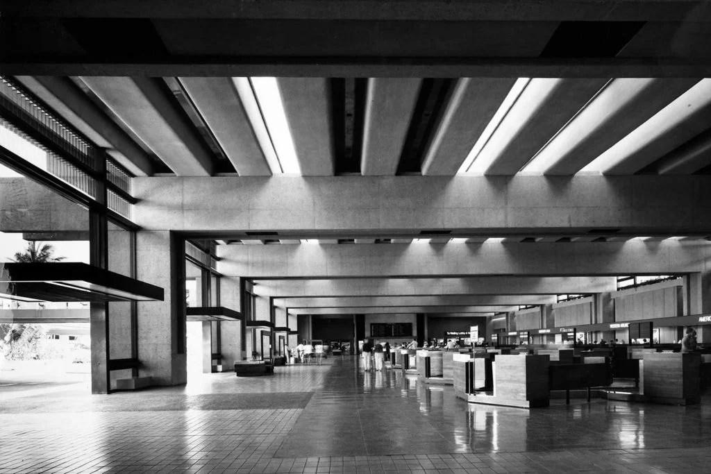 black and white photo of interior Honolulu International Airport 1970-78