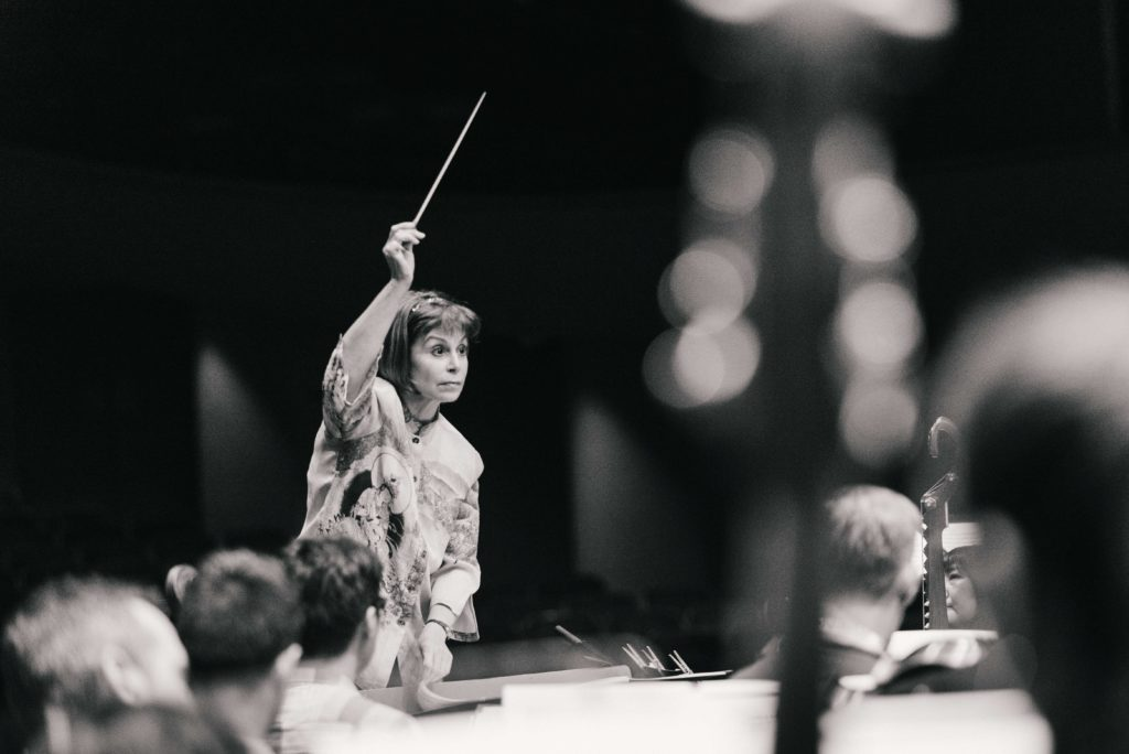 JoAnn Falletta conducts the orchestra