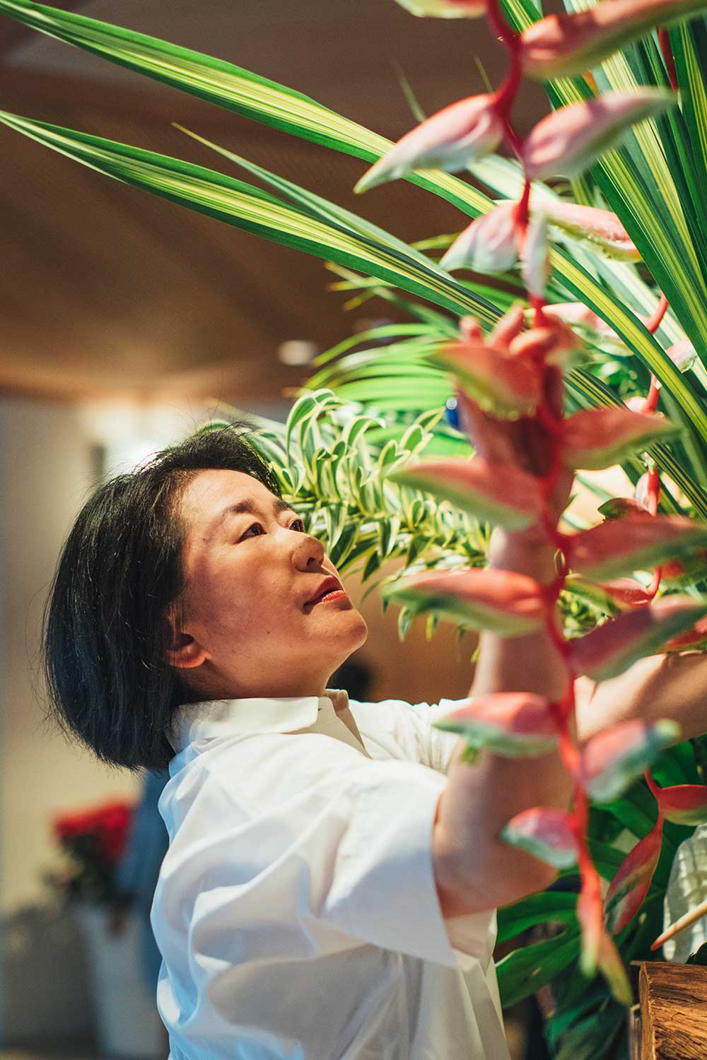 Ikebana master Hiromi Sugioka, who conceived the overall sculpture.