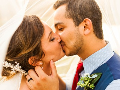 3 Reasons Why You Need a Veil || Midwest Wedding Photographer