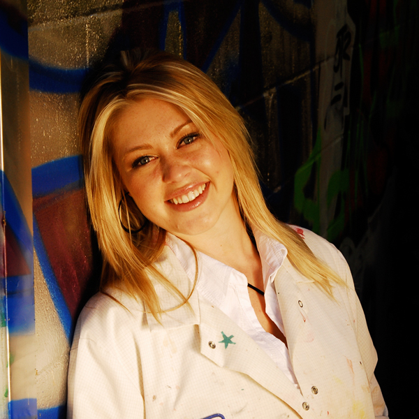 Haley Borchers Artist & Owner of Haley's Art