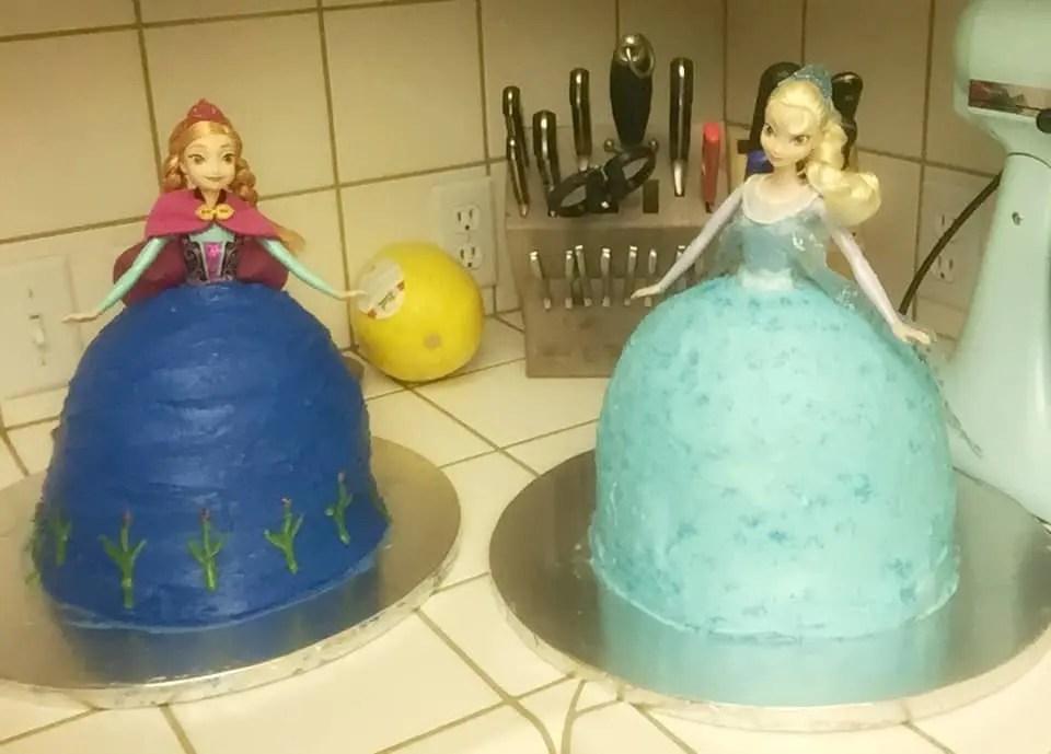 Anna_Elsa_Cake