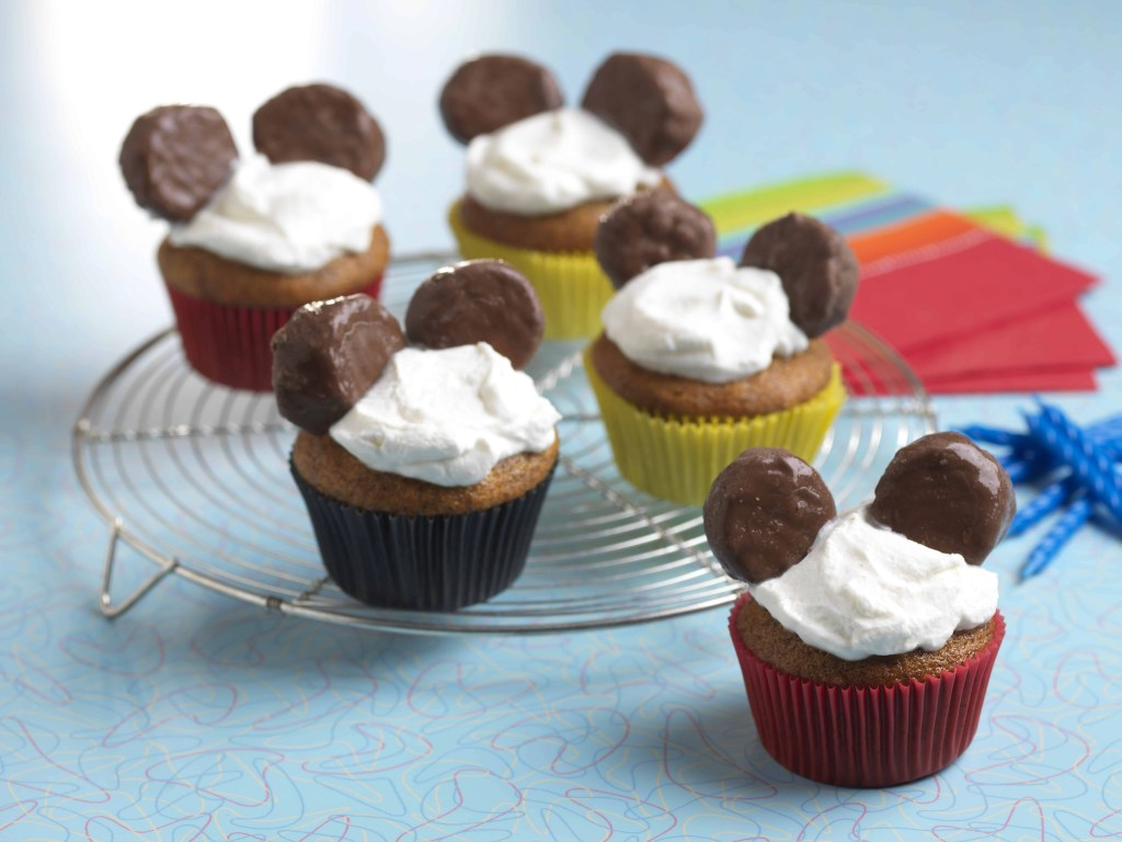 Dole Mickey Mouse Birthday Cupcakes