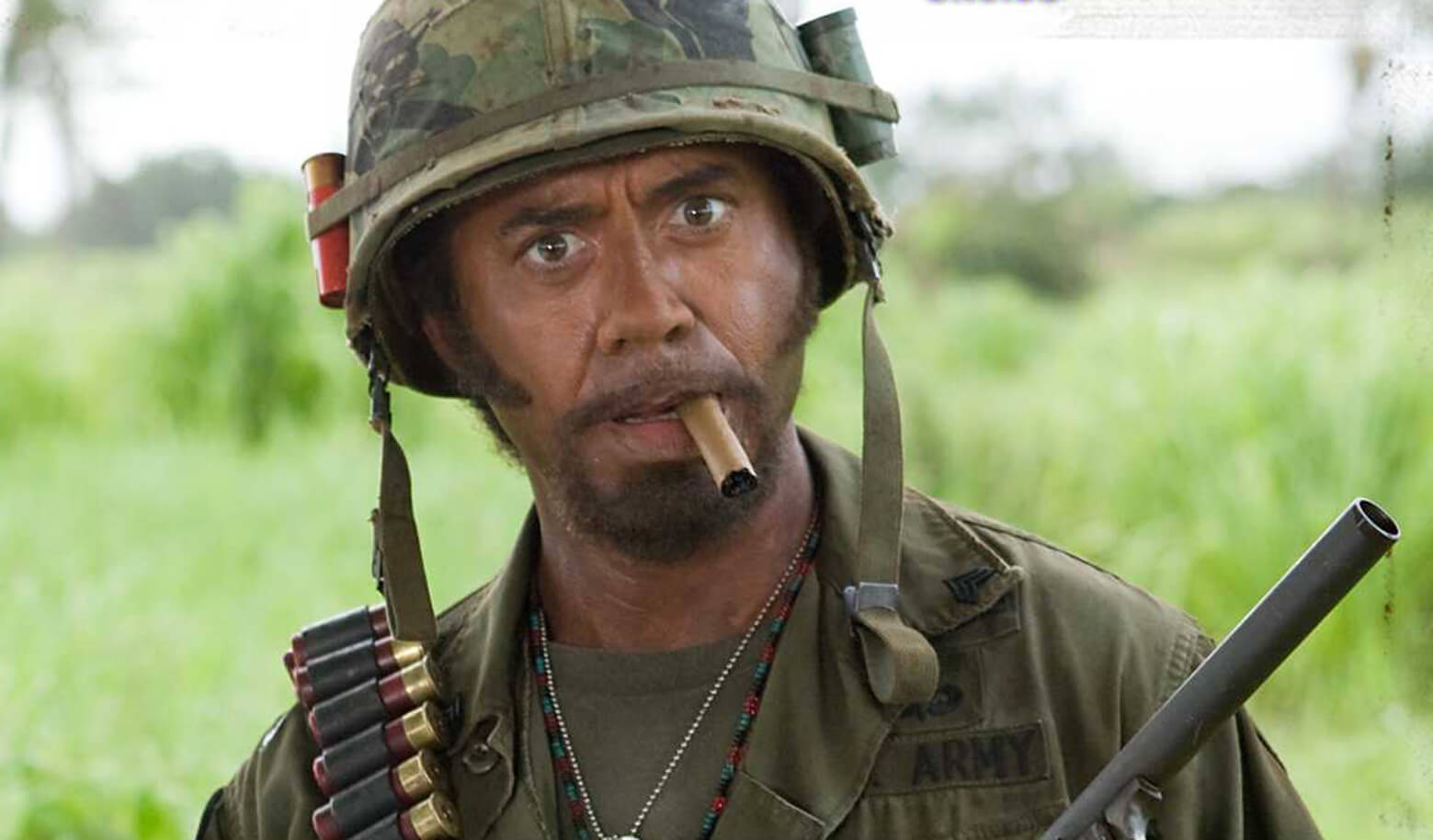 Robert-Downey-Jr-in-blackface-for-Tropic
