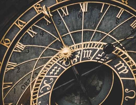 Clock, gold, timepiece and measuring instrument HD photo by Fabrizio Verrecchia (@fabrizioverrecchia) on Unsplash