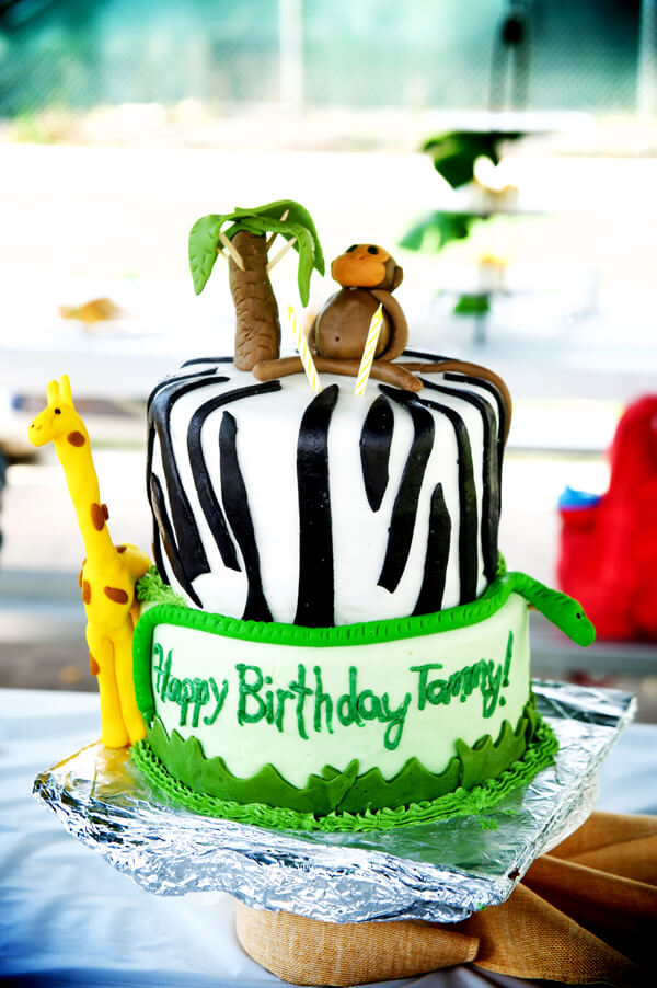 Feature Friday: Party Animals birthday! | Halfpint Design - darling party animal cake created by Emily Knowles. Would work very well for a safari or jungle themed party also.