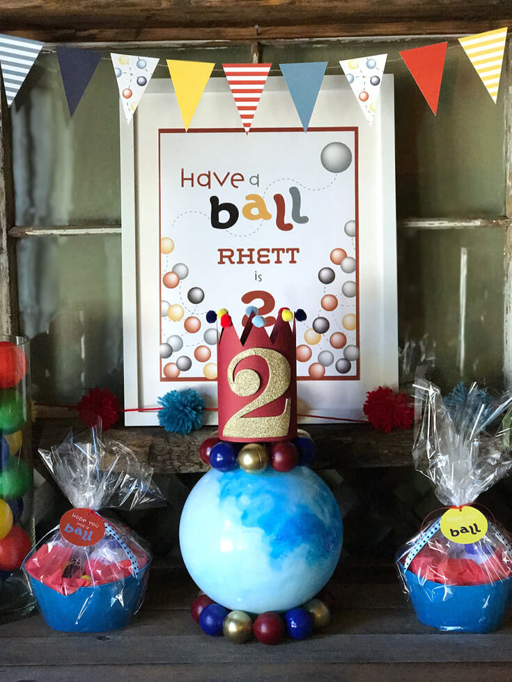 Have a Ball Party Reveal   Halfpint Design - simple favors and a fun ball centerpiece make for a fun focal point. halfpintpartydesign.com