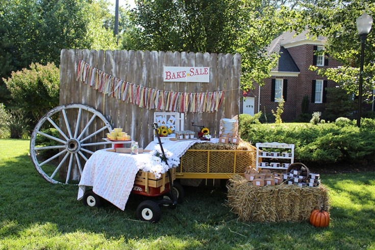 An amazing County Fair Party by Jen T. Fall Blog Hop | Halfpint Design - Day 5 with Happy Family Blog, Mint Event Design, and Jen T By Design