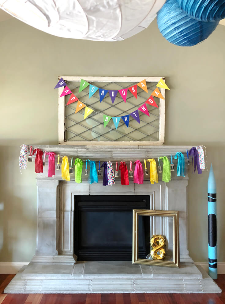 Simple banners are the perfect way to dress up your mantel for an Art themed birthday party where you can party like Picasso! Halfpint Design. Art party, painting party, rainbow party.
