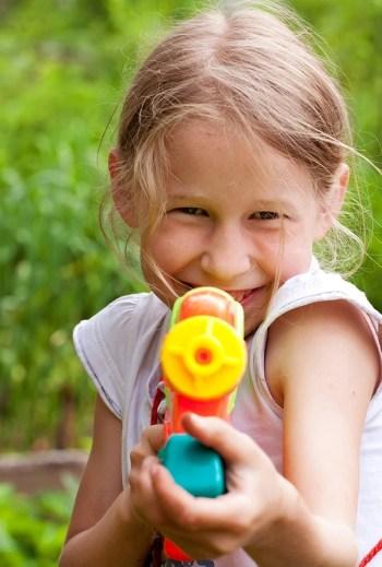 Water Ideas To Keep Kids Cool | kid stuff | summer activities | activities for kids | kids | summer | water | water activities | water activities for kids