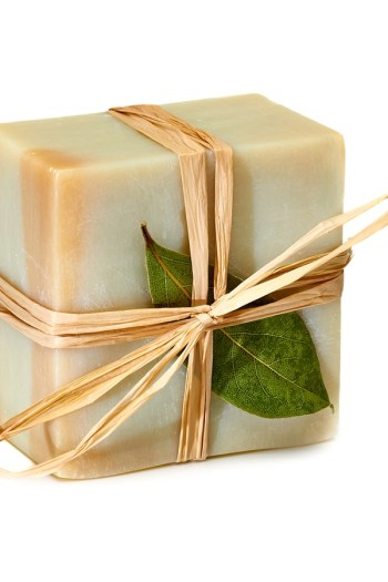 Homemade soap is the perfect gift for your teacher. For more Thanksgiving gifts for teachers, look here! We have some amazing ideas!