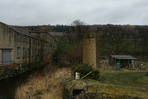 Colne Valley and Huddersfield Narrow canal