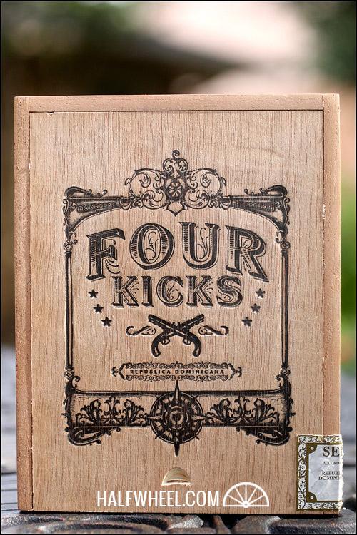 Four Kicks Corona Gorda 1.jpg
