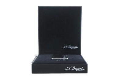 S.T. Dupont Initial Lighter 5