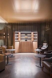 Maison Davidoff Smoker Lounge Entrance