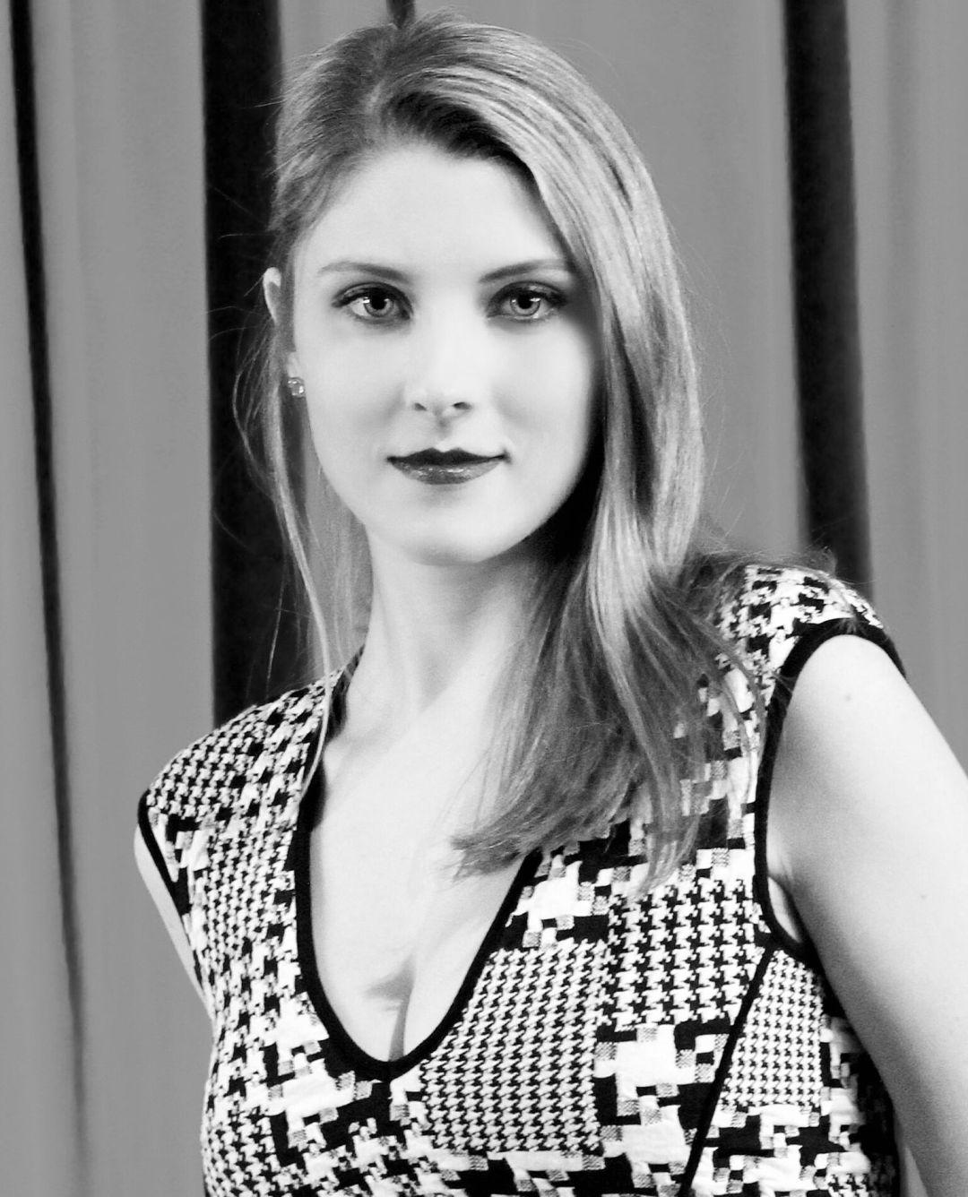 Soprano Brenna Robins: featured 2017 Halifax Opera Festival artist