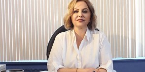 Prof. Dr. Esin Şenol: Okullar açılırsa her şey kontrolden çıkabilir