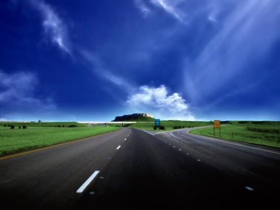trucker-1-blue-clouds