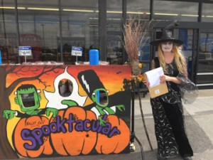 Halloween Spooktacular Party at the Hallet Oak Gallery. Pumpkin Contest for all ages!