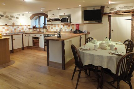 Kitchen and dining area in the Byre Cottage