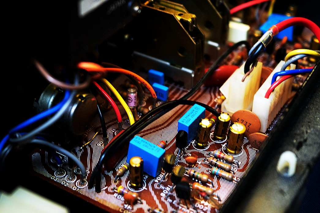 Restored Tone Control AU-517