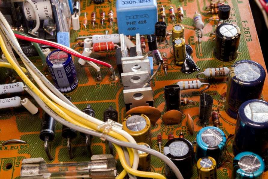 Close-up of Sansui AU-517 Power and Protect Board with silicon diodes upgraded to MUR1520