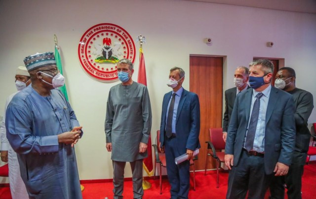 President of the Senate, Ahmad Lawan and a delegation of the Oil Producers Trade Section after a visit by the latter to the Senate President on Thursday in Abuja.