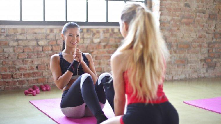 4 Olahraga untuk Mengecilkan Perut Pasca Lahiran, Bye Bye Buncit!