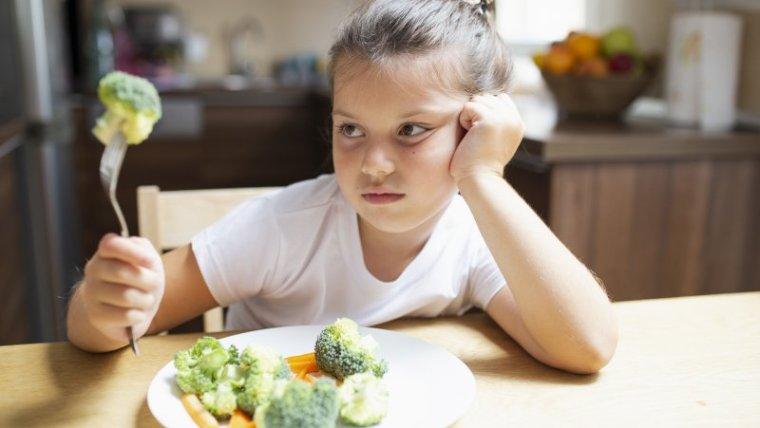Jangan Cemas Moms! Begini Cara Mengatasi Anak Balita Susah Makan