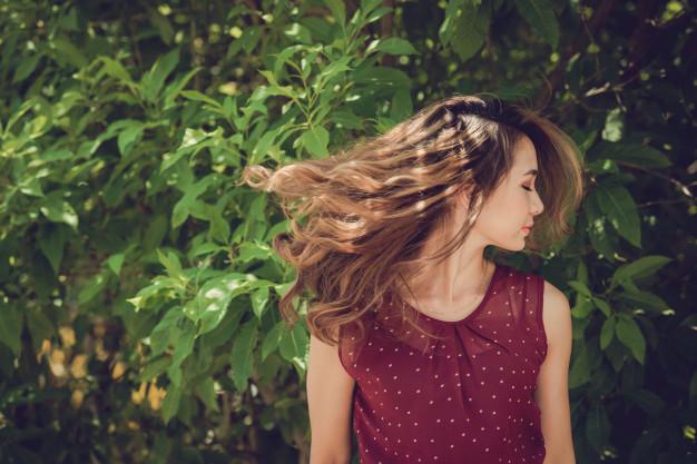 Begini Cara Menebalkan Rambut Yang Paling Aman Untuk Moms Di Rumah